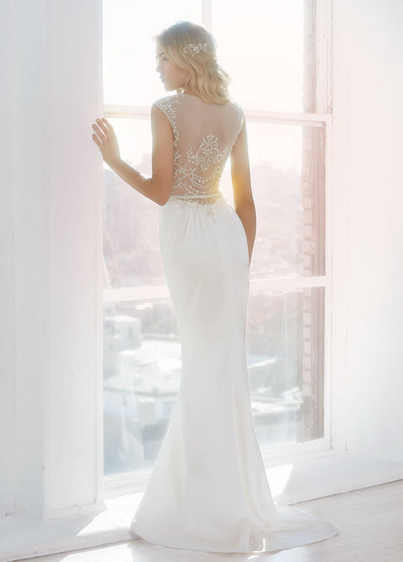 ti-adora-bridal-fluted-gown-scooped-v-neckline-illusion-beaded-embroidered-cap-sleeve-7406_zm